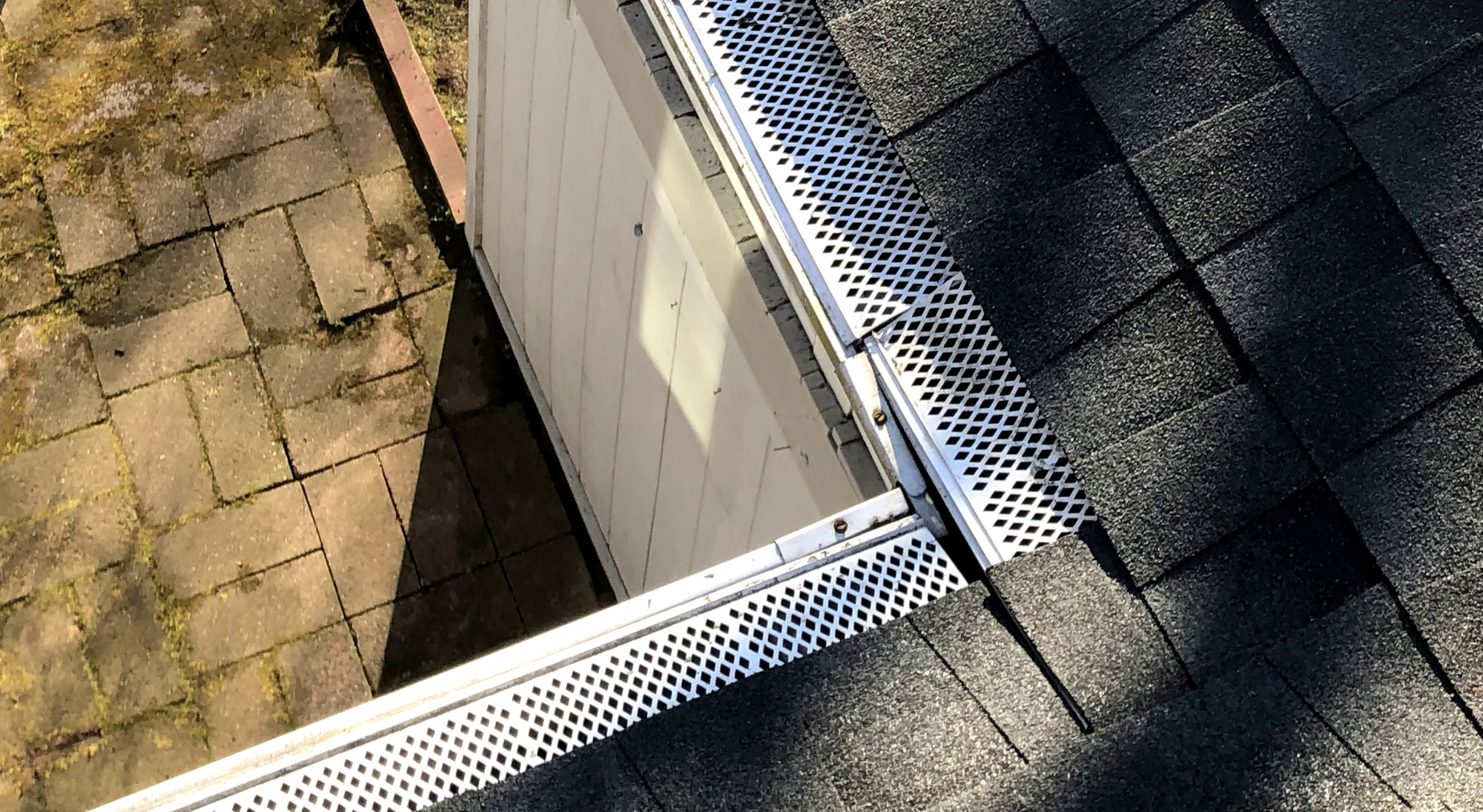 Kings Contrivance Roofers 21046